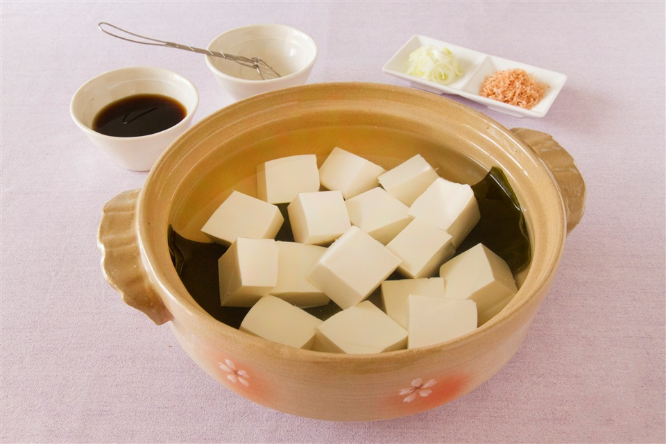 天气冷了就想吃火锅,各种锅物料理的日语怎么说?