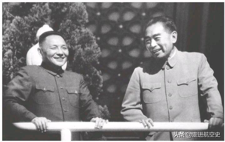 1964年,张爱萍用密语电报总理:邱小姐在梳妆台,已梳好辫子