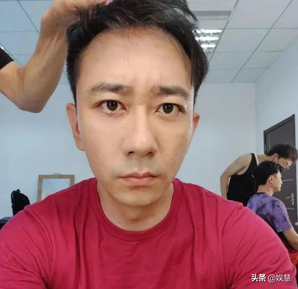 """王自健前妻徐雪发文否认家暴:原来只是段子中的""""梗""""?"""