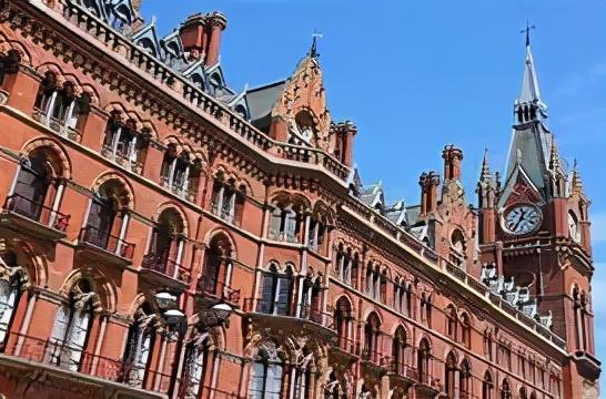 祝賀湯雯茹同學斬獲全球排名第10的倫敦大學學院的錄取offer