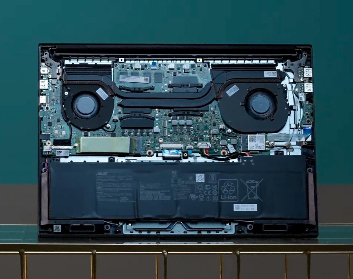 几乎完美的OLED游戏性能轻薄创作本!华硕灵耀Pro16测评
