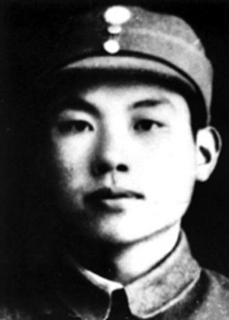 在敵軍部隊卧底12年,周恩來的得力助手,也是新中國出色的外交官