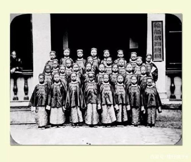 清政府指派120名幼童赴美学习,为何仅回来94人?你知道吗?