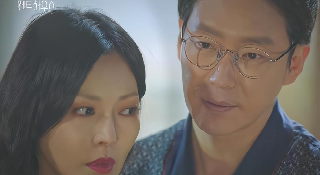 韩剧《顶楼》:走上腹黑之路的秀莲,甄嬛就是她复仇的榜样