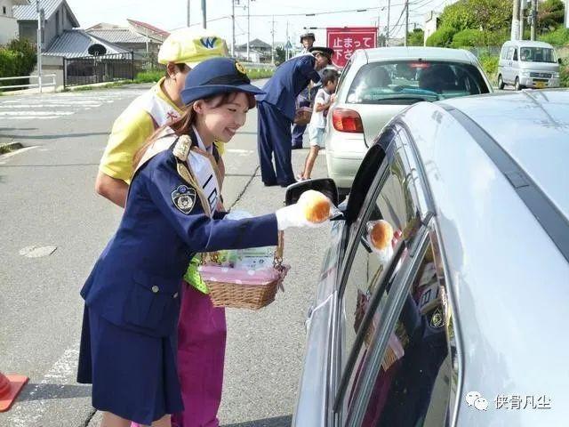中印日韩女警大比拼,印度最霸气日本最迷人