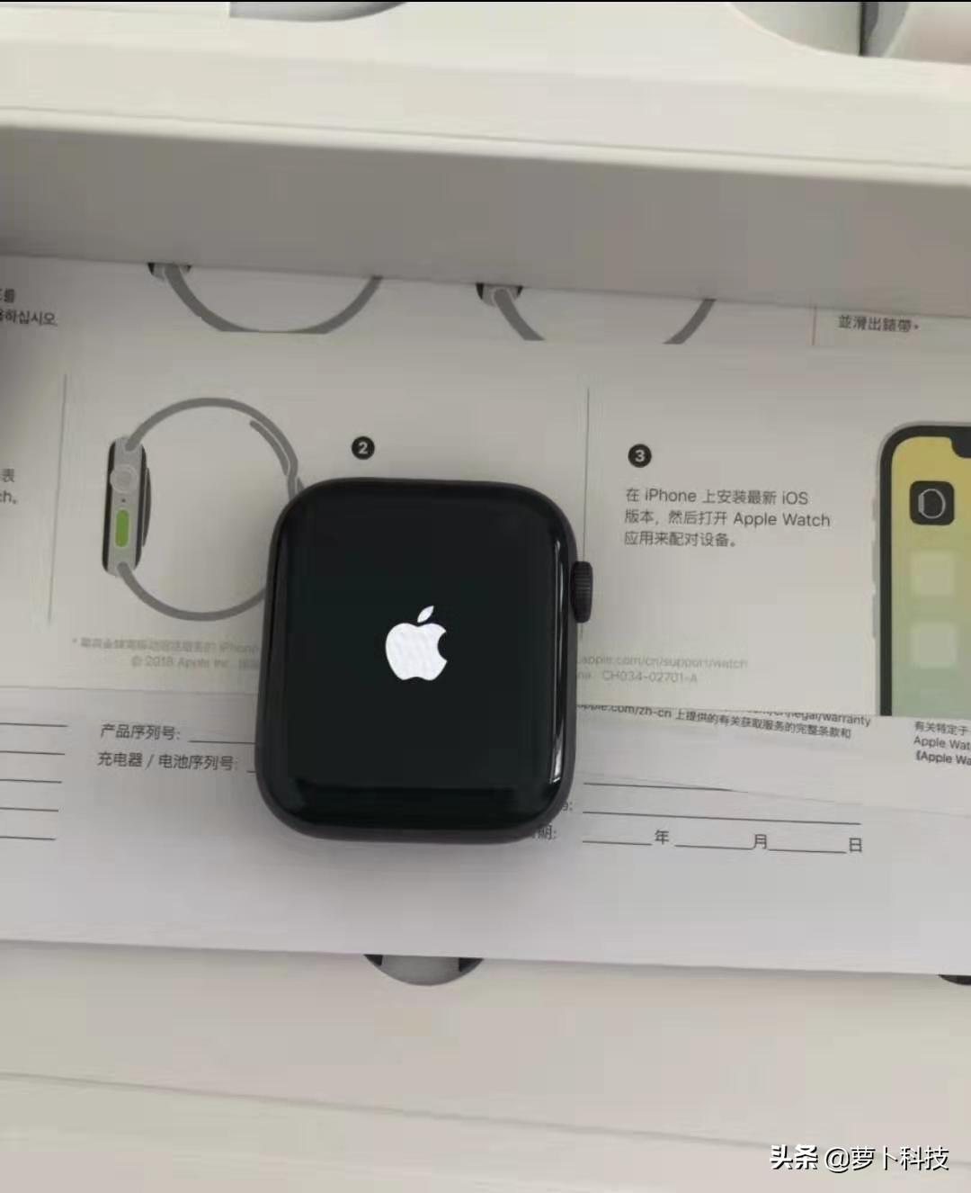 Apple Watch 4智能手环,爆火这么多年,原因都会这