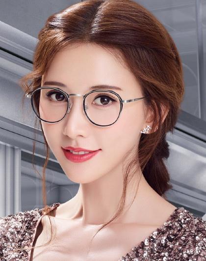有气质还是显诱惑?最全女明星眼镜造型盘点