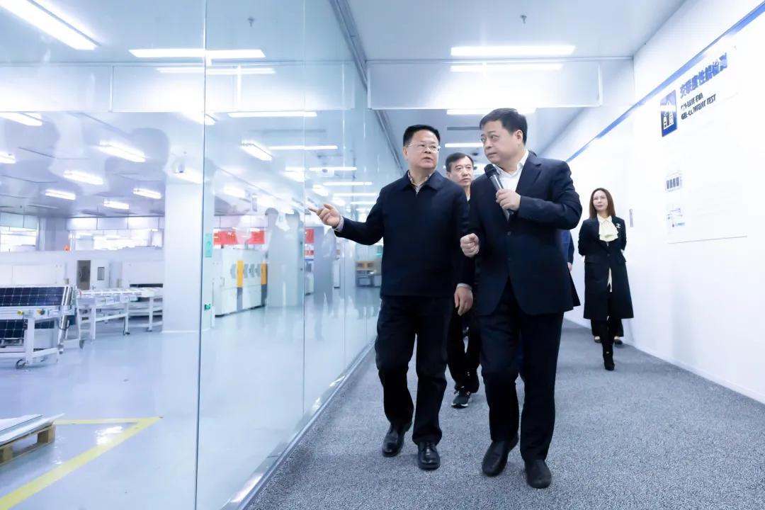省长郑栅洁寄语金莎:大有潜力,大有可为