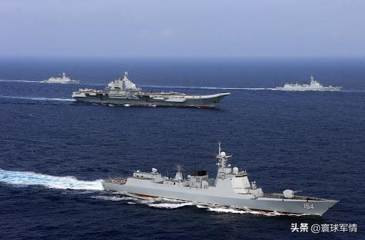 山东舰穿越台湾海峡,台岛6舰8机全程跟踪,常态化行动习惯就好