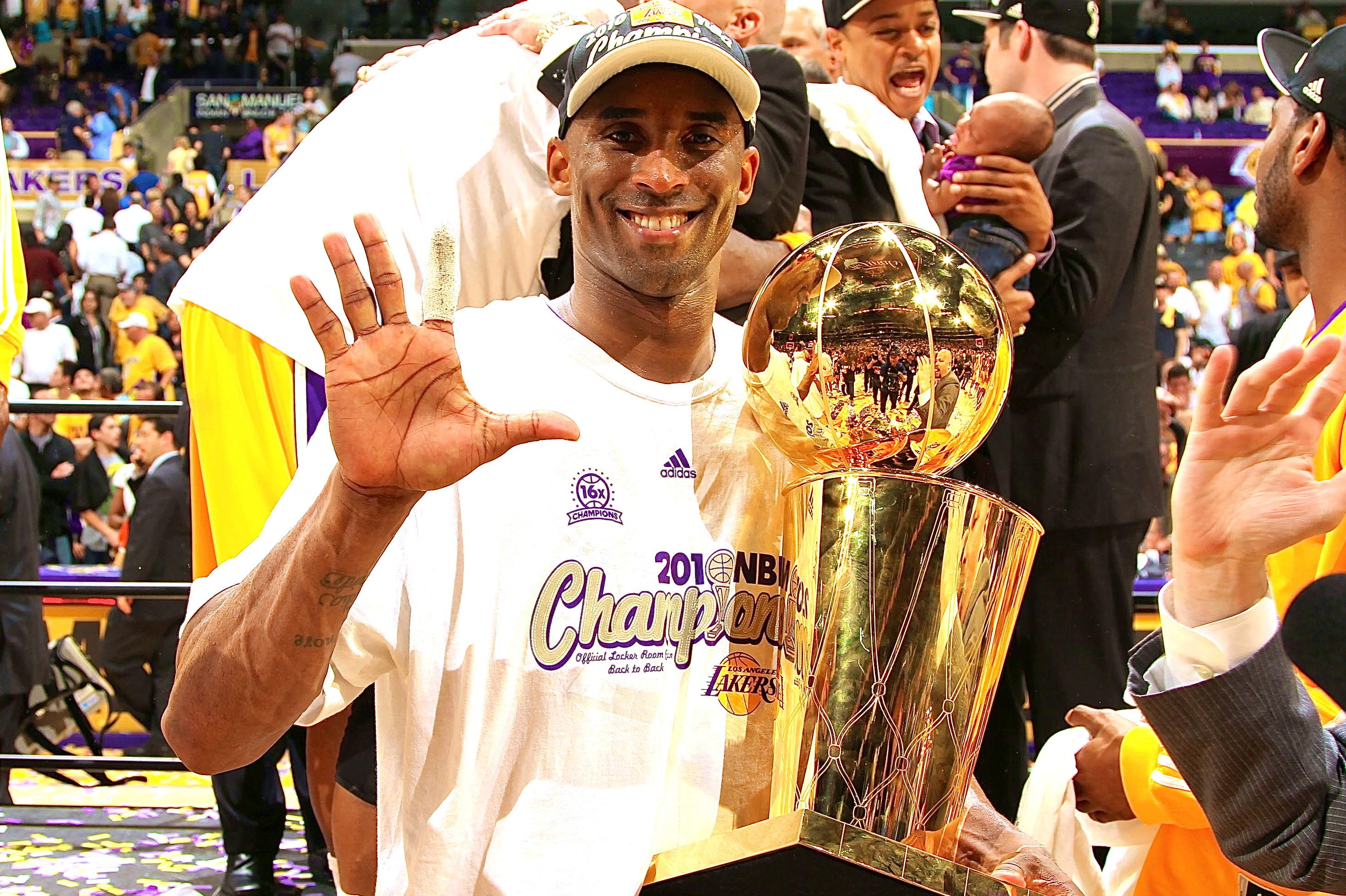 告訴NBA這就是湖人!女老闆霸氣解釋頂薪續大傷後的Kobe:開什麼玩笑,他可是Kobe啊!-黑特籃球-NBA新聞影音圖片分享社區