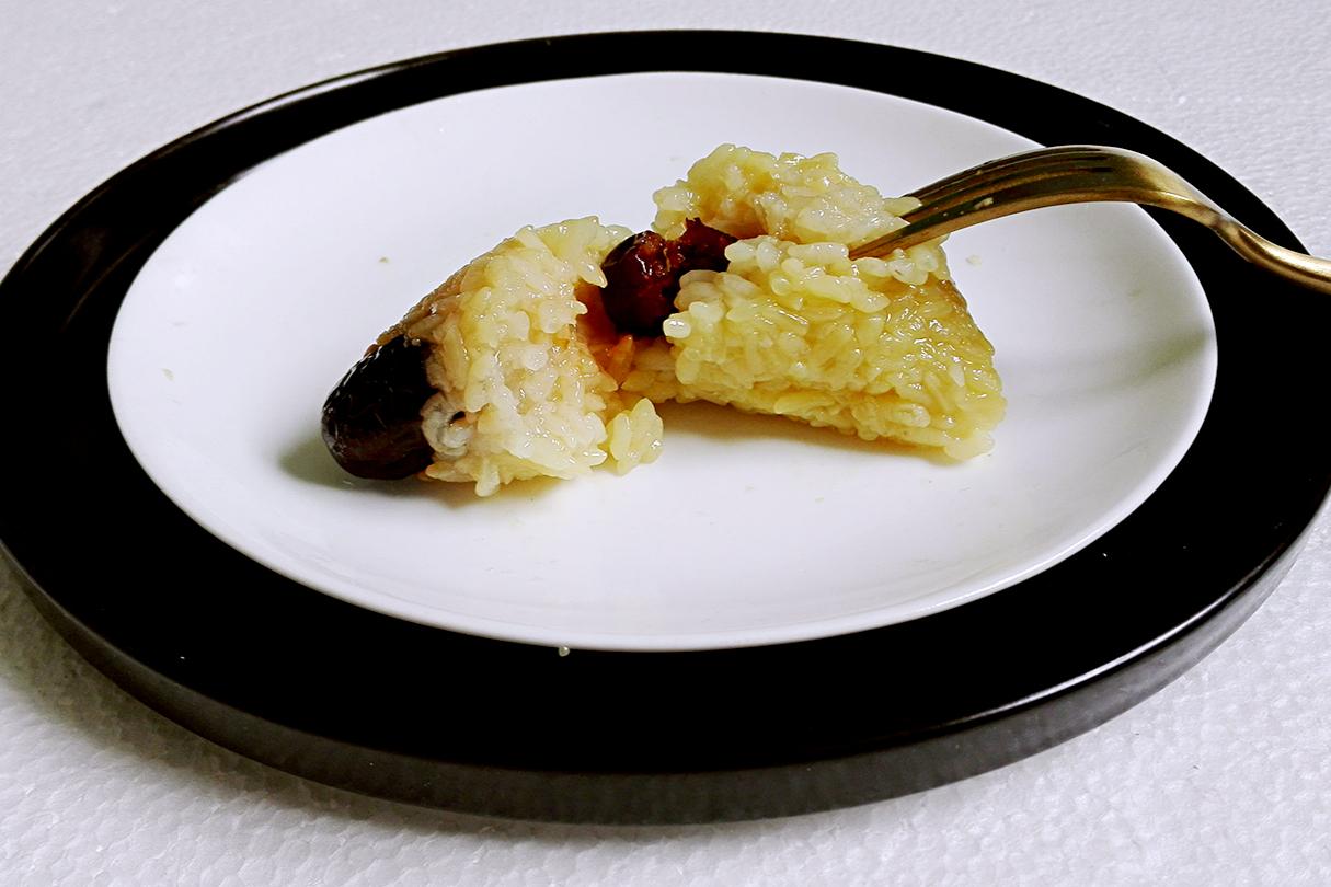 端午節,曬一下我家包粽子,多種包法,無任何添加劑,簡單又好吃