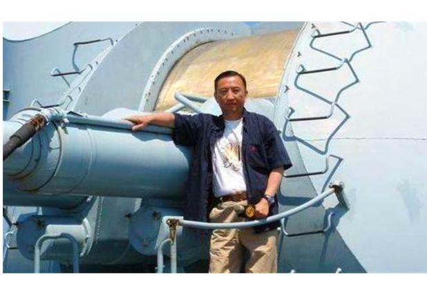俄罗斯士兵为救中国记者牺牲,记者承诺照顾其妻儿,他做到了吗?