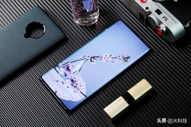 汇总都想走高端智能手机的国产智能手机,这4款全是当今最新发布的旗舰级