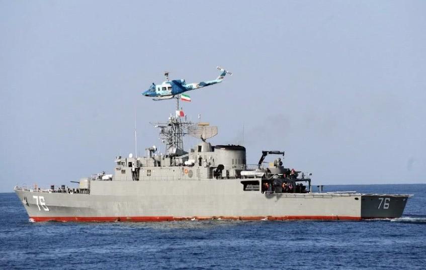 伊朗海军遭到重创,大型补给舰着火沉没 只有中国才能帮助解决问题