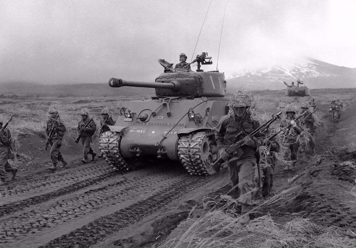 二战后苏联崛起迅速,强大到了什么地步?足与美国抗衡