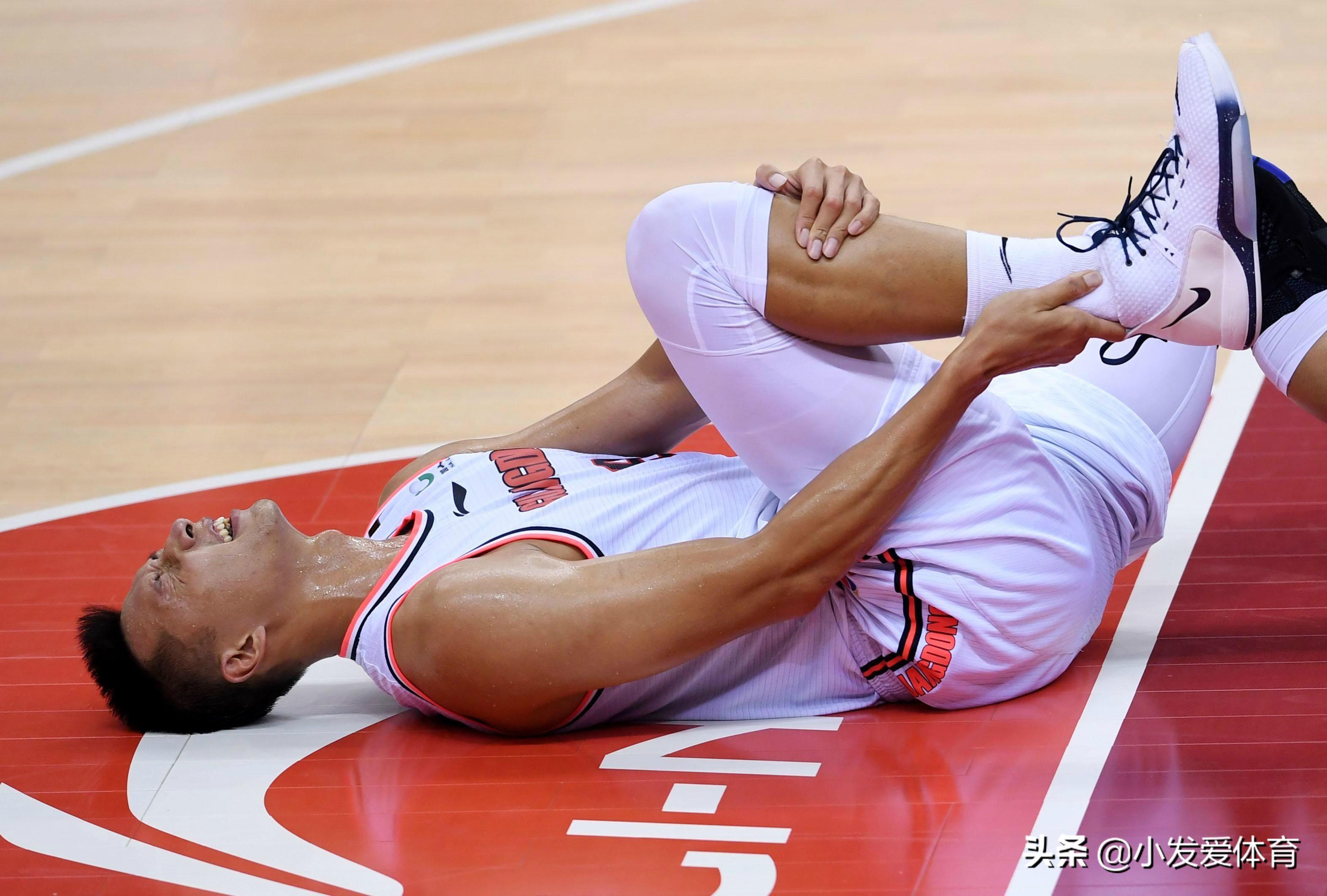 易建联赴美康复治疗,下赛季恐无法回归,新赛季广东卫冕难上加难