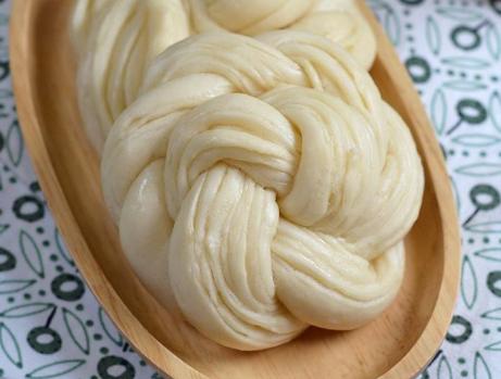绣球花卷的做法: 教你小技巧发得好又大 出锅花卷暄软白嫩