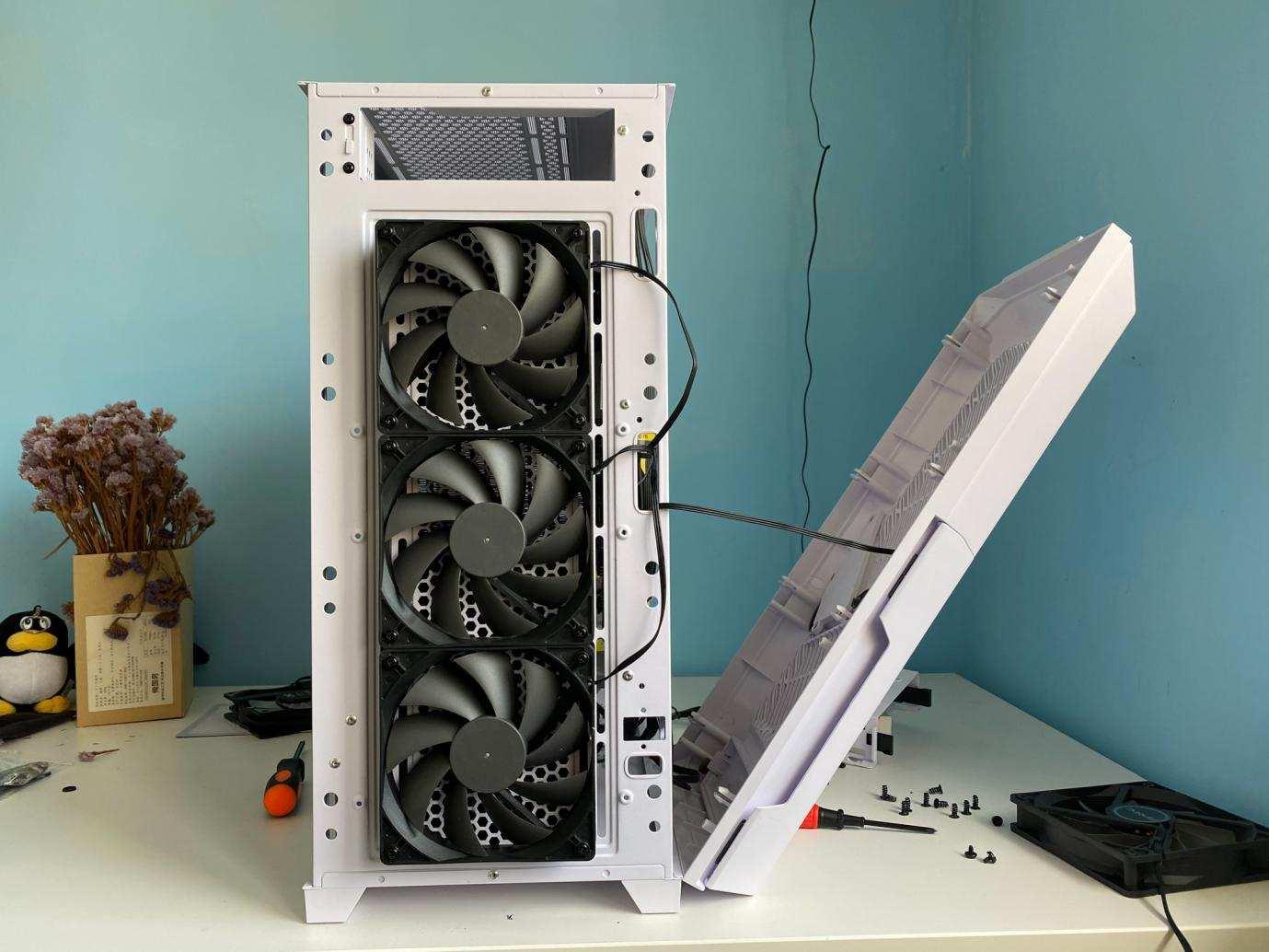 电脑甉|��一定要全模�l�吗�Q�看看性�h比电源实���,日系电容十年质保
