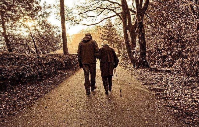 變老的70後,越來越沉默,寫完後,我流淚了
