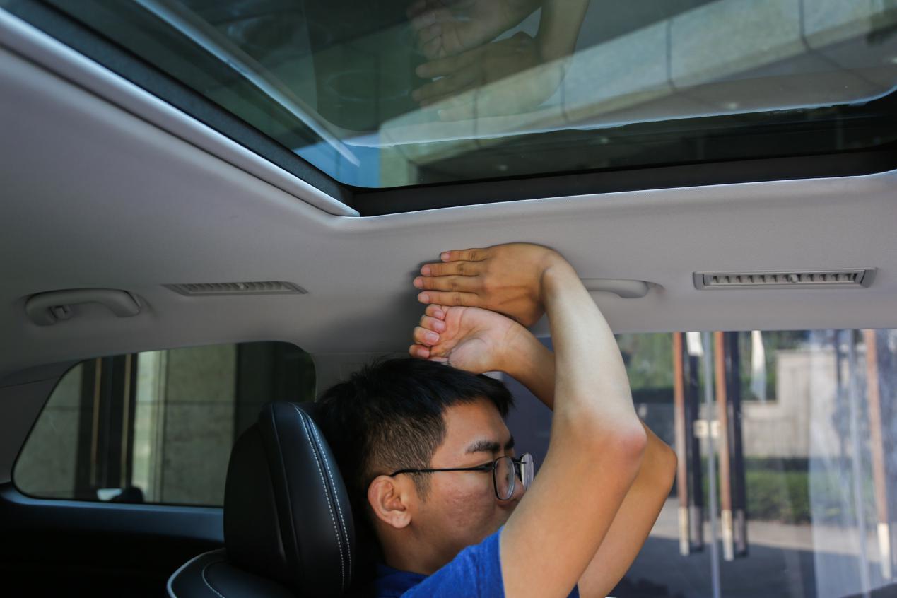 """逃不过MPV的""""真香""""定律 试驾上汽荣威iMAX8"""
