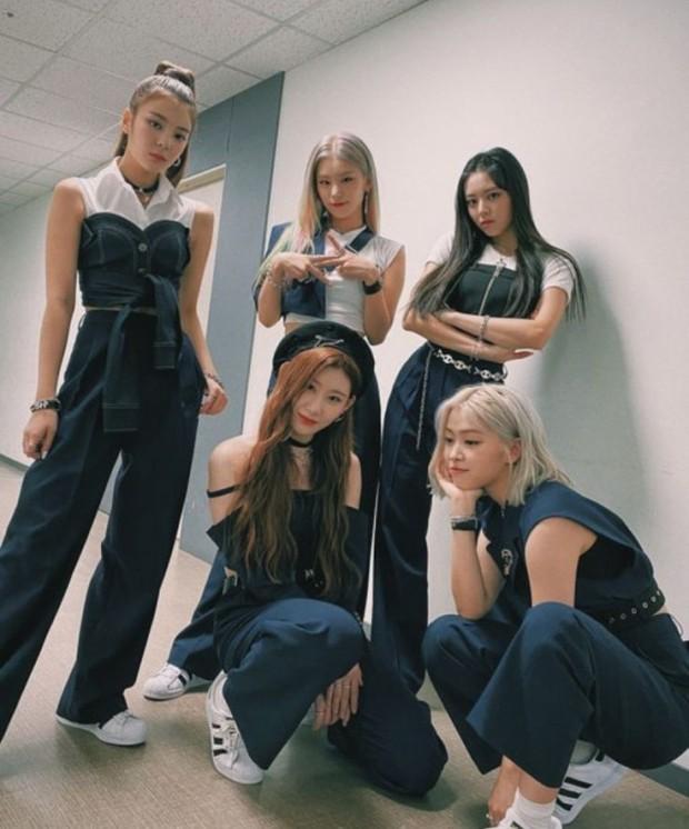 朴振英yyds!JYP新人女团还未公布,出道专辑就卖掉了数万张