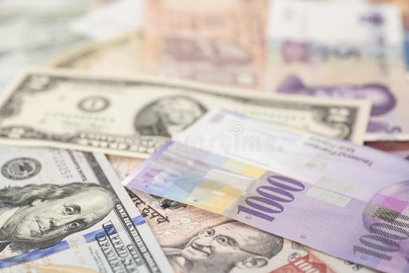 央行都惊动了,人民币升值太猛了,对于A股有何深远影响?