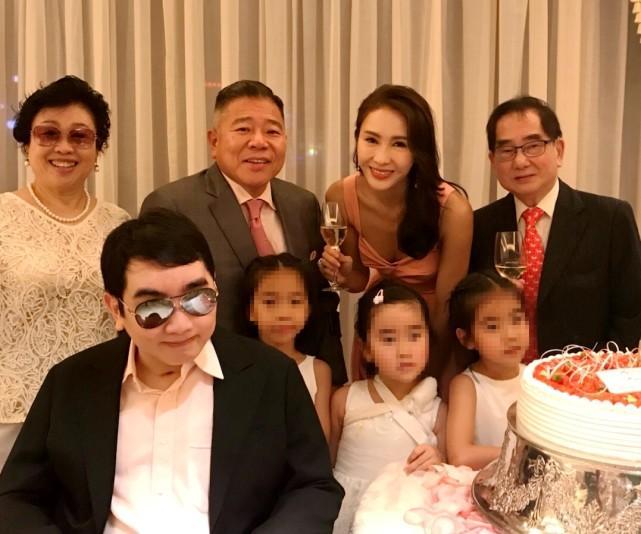 黎姿为双胞胎女儿庆祝11岁生日,左拥右抱超幸福,派对简单朴素