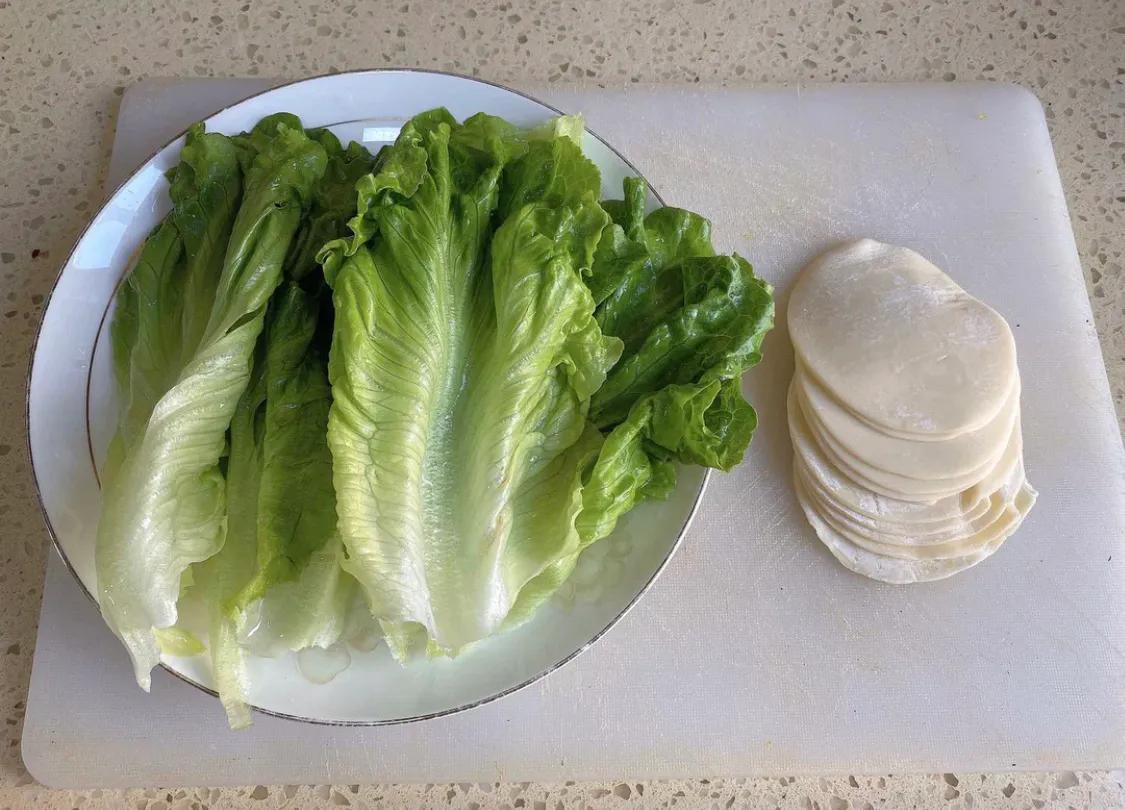 饺子皮版鸡丝卷饼送给健康饮食的你 美食做法 第3张