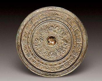 古代的铜镜经历了哪些发展?铜镜的鉴赏和收藏知识,一文告诉你