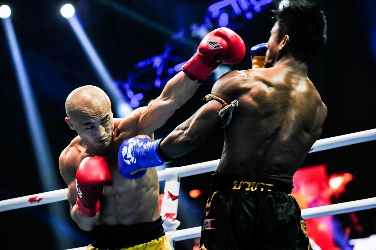 武僧一龙炮轰鹿晗:我双手双腿绑起来,他要能KO我,我叫他爸爸