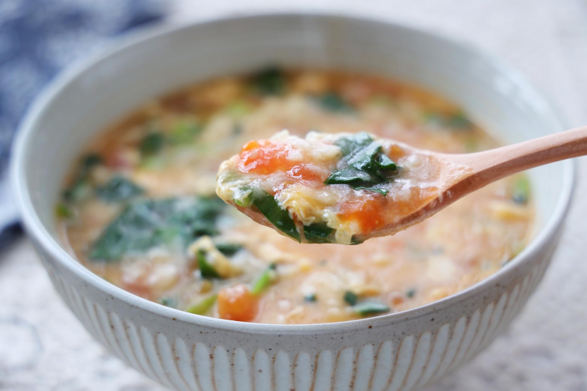 天氣冷,早餐來一碗疙瘩湯,喝一碗全身暖和,比豆漿油條好多了
