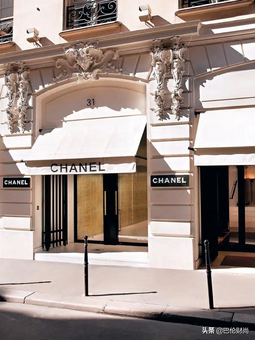 香奈儿山茶花终成正式商标,官宣参加巴黎时装周实体秀