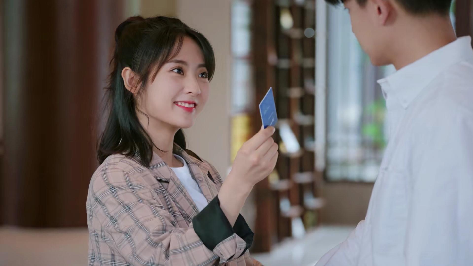 《乌鸦小姐》顾川小宁分手后又和好,腻歪得不行,初吻就要来了?