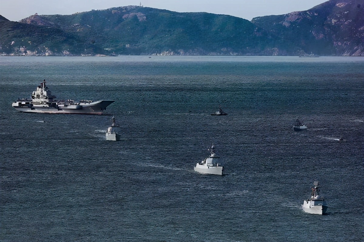 美媒:越南在中国南海岛礁上扩建防御设施
