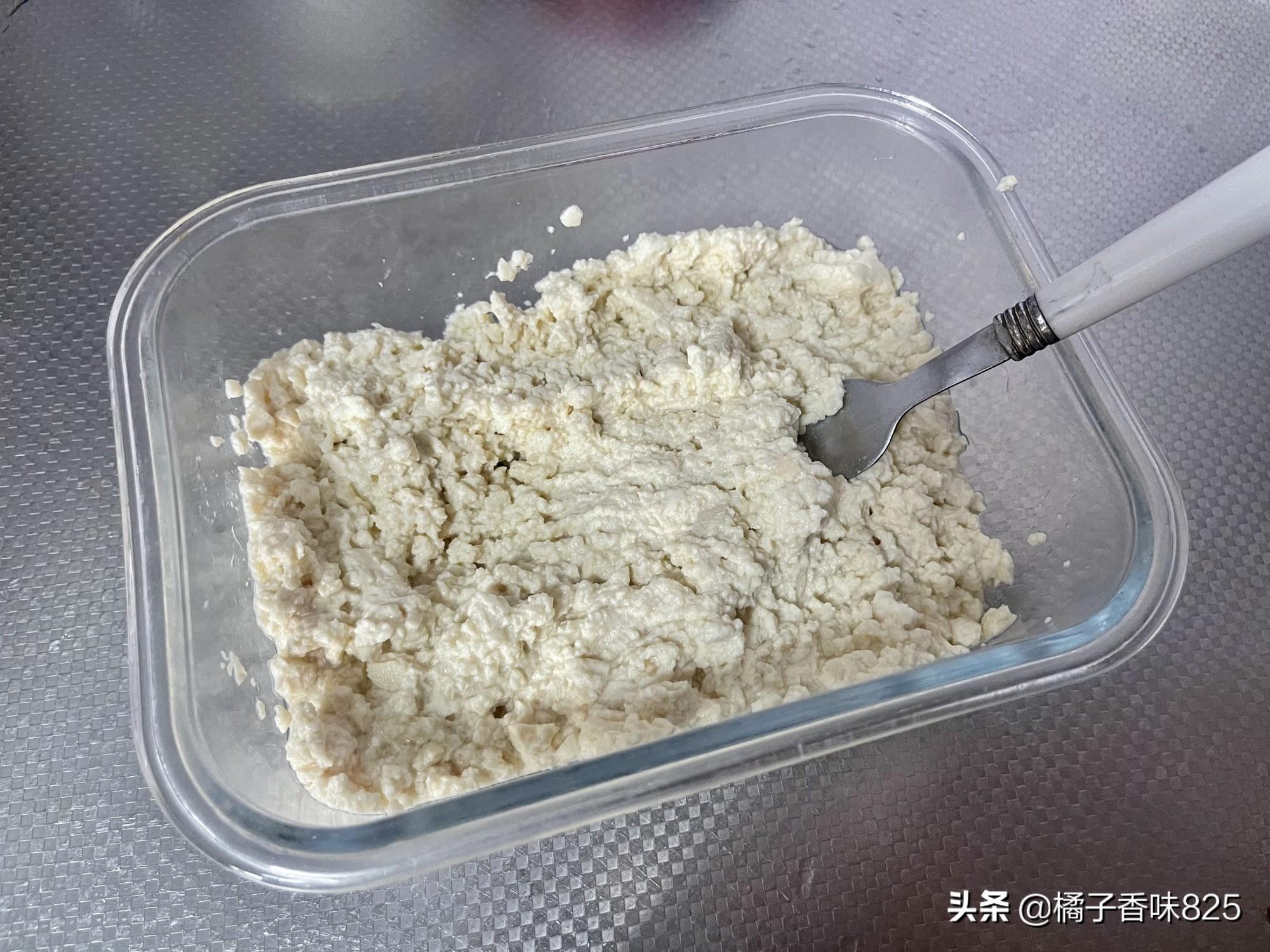 麻婆豆腐吃腻了,试试这个做法,一口一个的小丸子,不加肉也特香