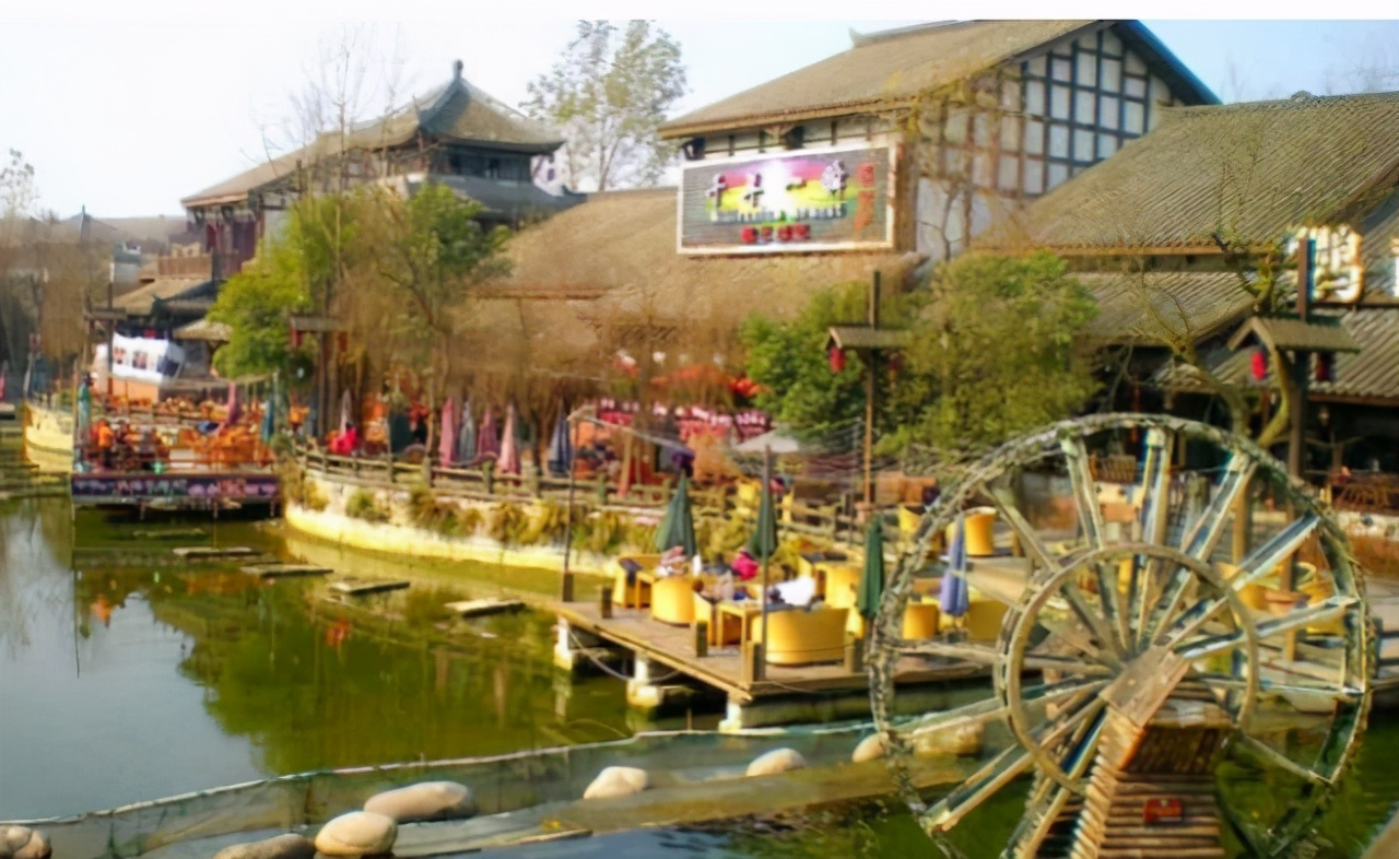 中国这座良心古城坐落在四川,两千年坚持不收费,来过吗?