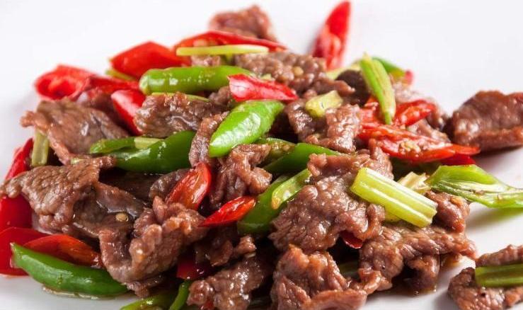 炒牛肉:腌制这一步很重要,分享详细做法,牛肉又嫩又香不柴不腥 美食做法 第1张