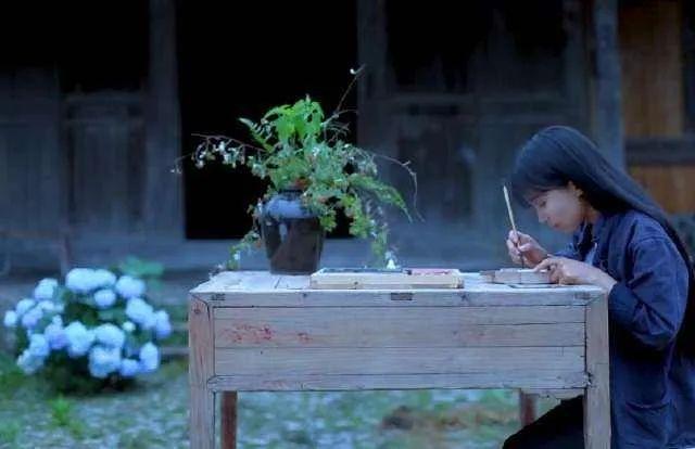 李子柒&罗翔:因为这个特质,他们远远超过大部分人