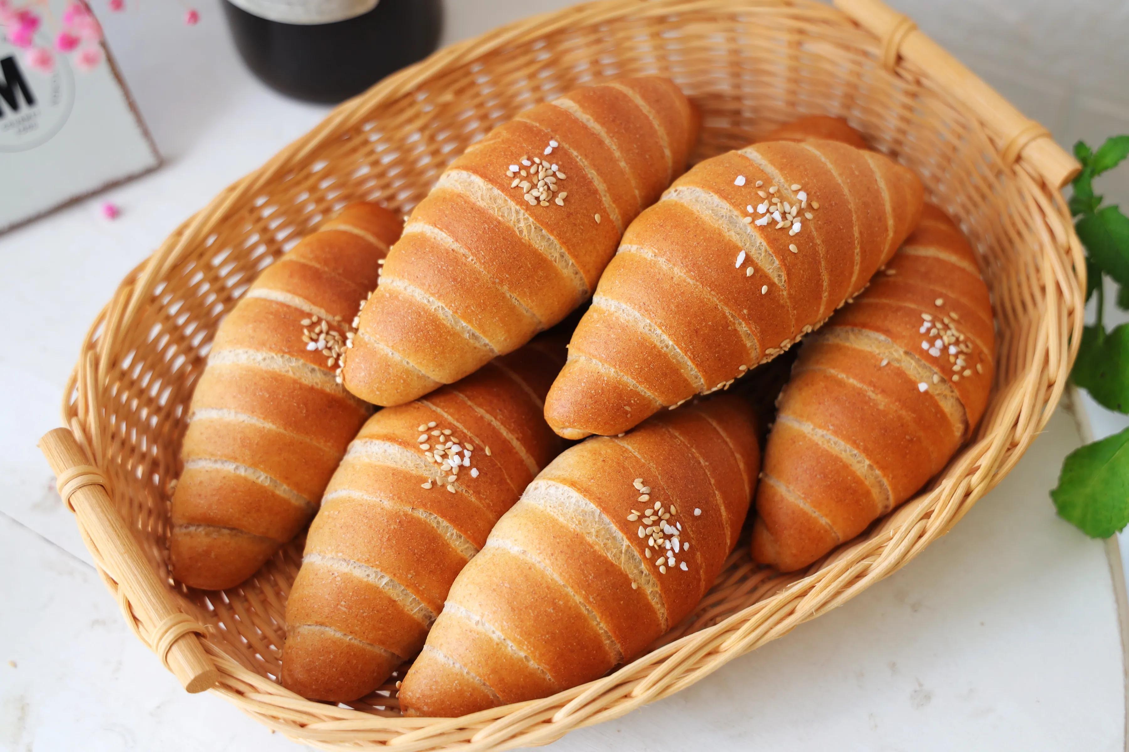 早餐最爱的日式海盐面包,脆脆的表皮,柔软的内心,一吃就上瘾