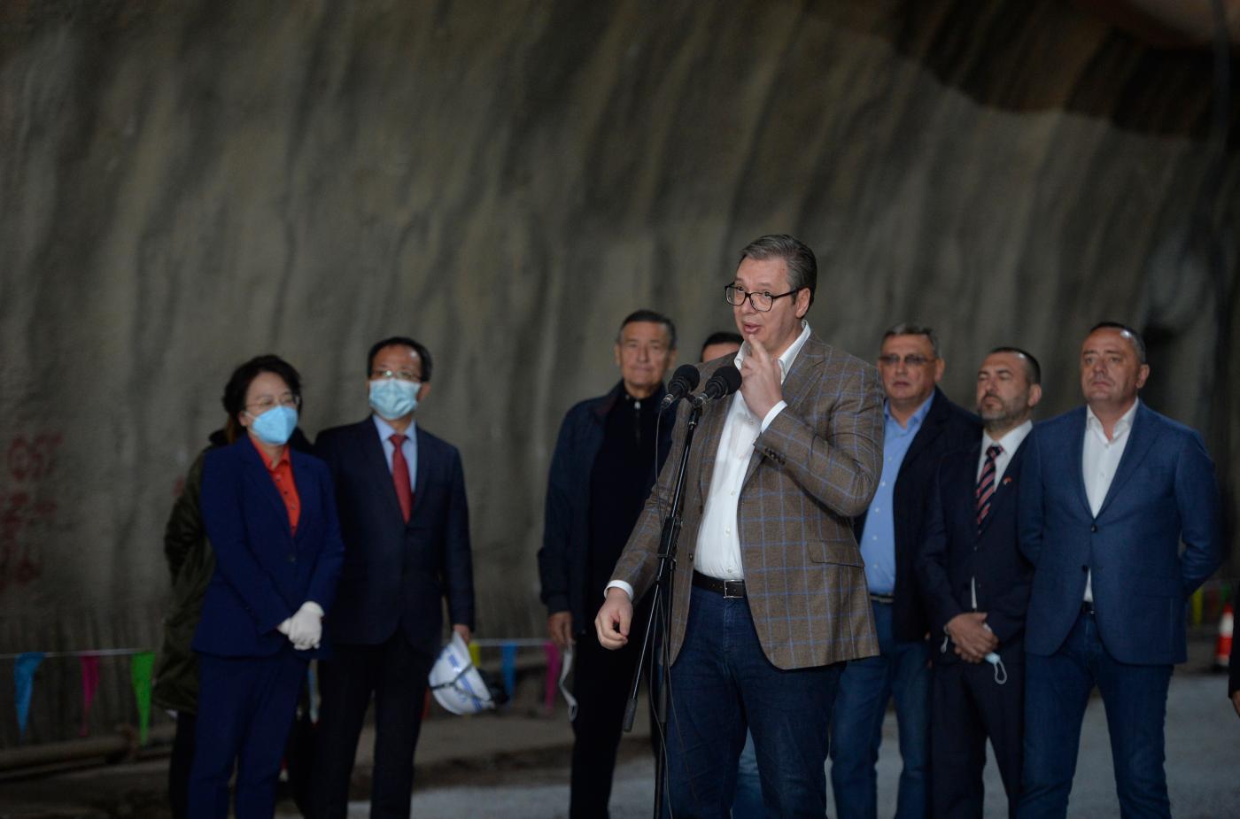 """反驳""""中国威胁论"""",塞尔维亚总统怒斥西方:别想让我批评中国"""