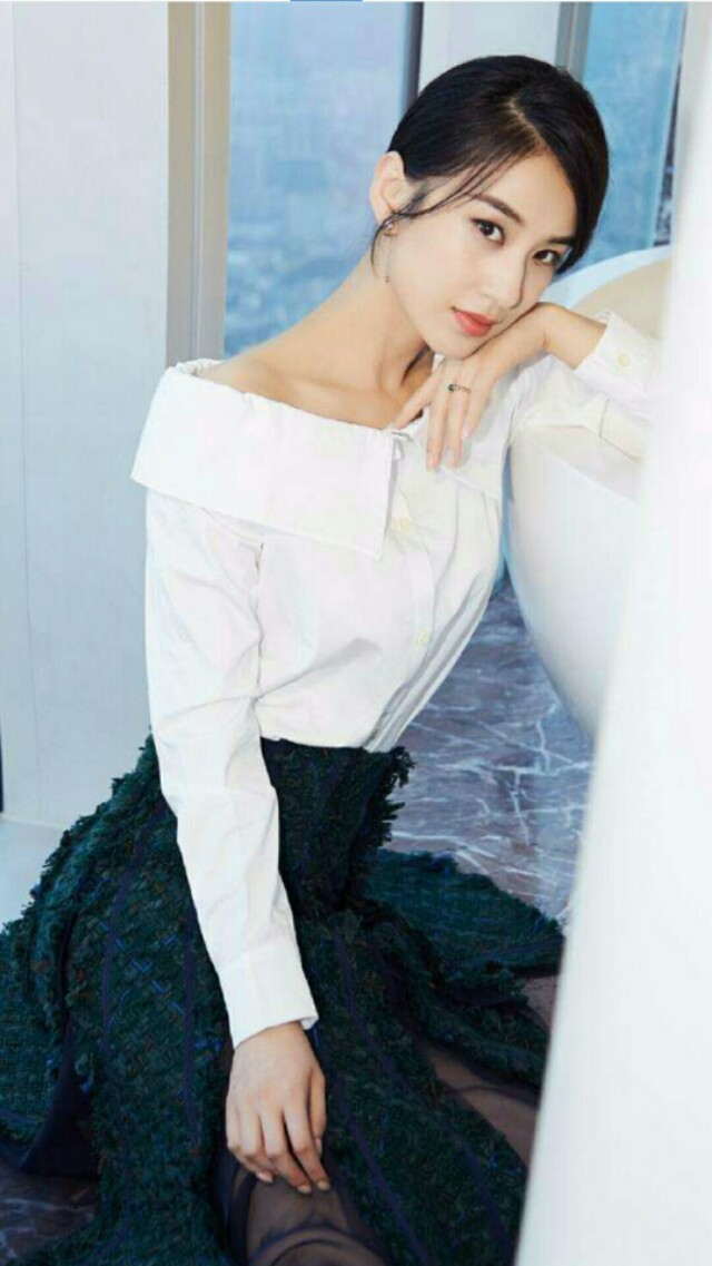 黄圣依漂亮时尚,真的好迷人
