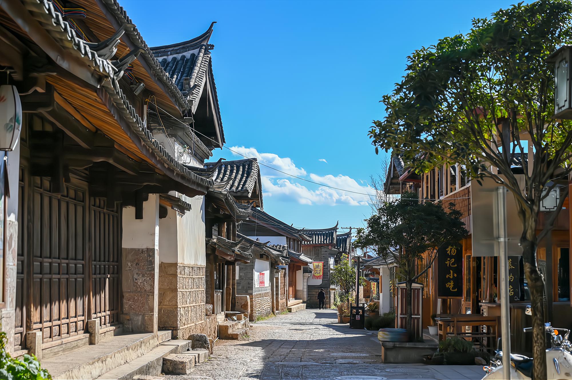 丽江三大古镇之一:白沙古镇,最原生态的纳西村落,值得一去再去