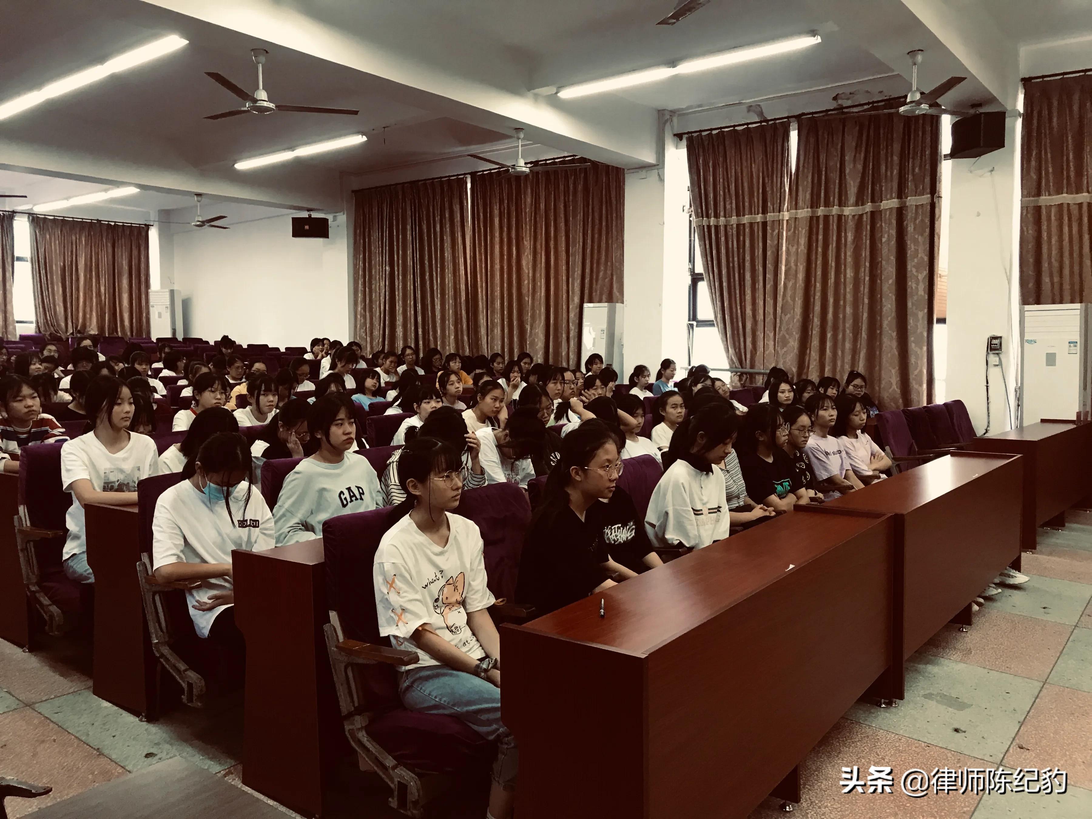 宽达福清律师事务所陈纪豹主任入选福清市《民法典》宣讲团成员