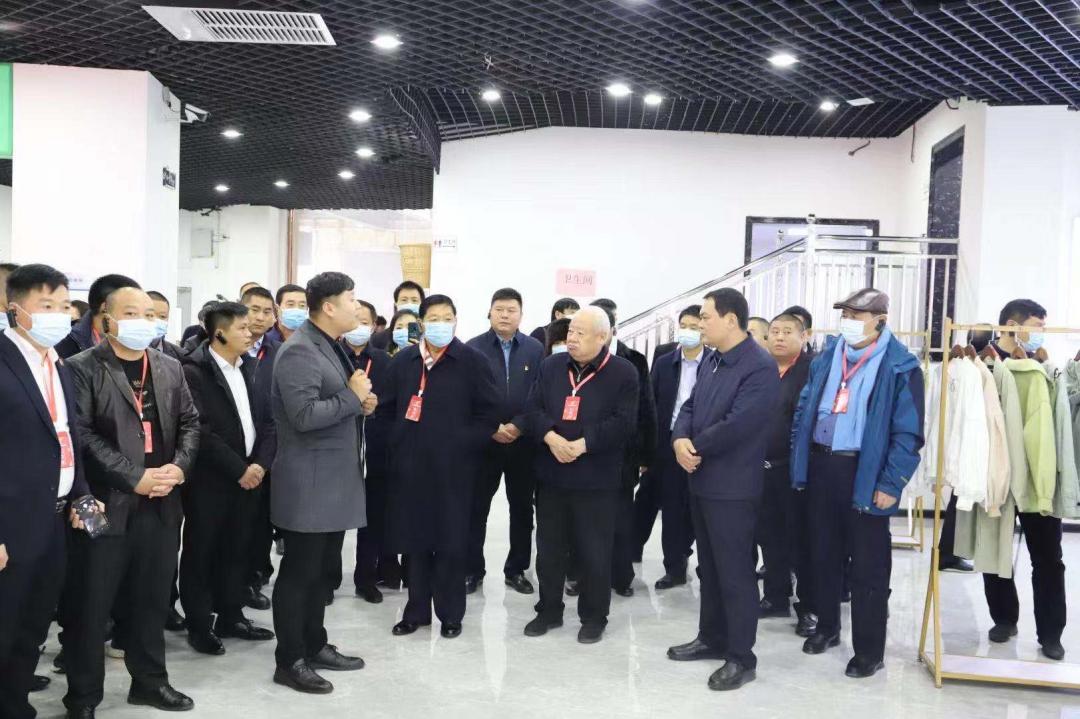 郸城籍名人莅临郸城县电商公共服务中心指导调研