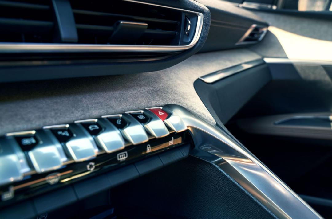 都已经2021年了,买SUV还看本田?标致4008了解一下
