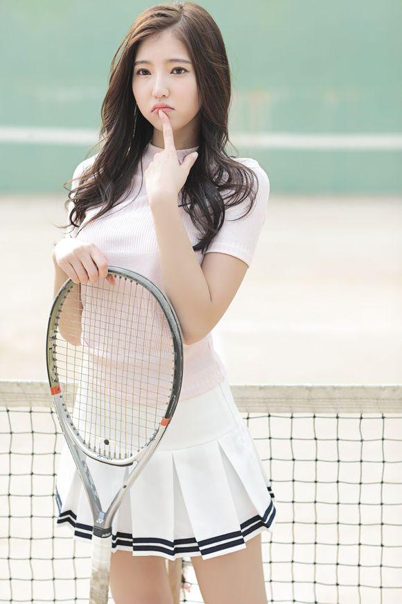青春网球少女