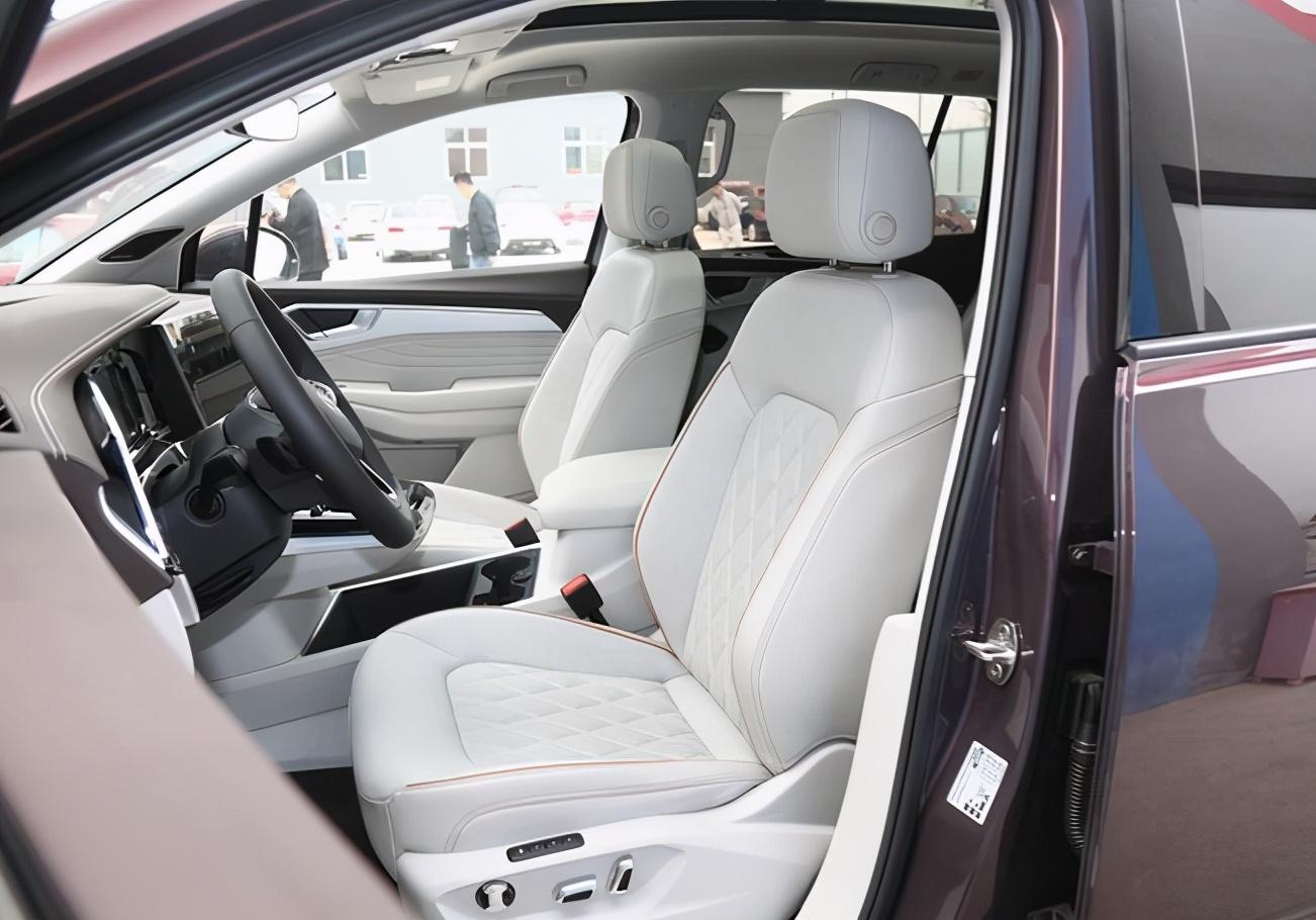 这次汉兰达可能真不好过了 一汽大众首款中大型SUV揽境6月24日来袭