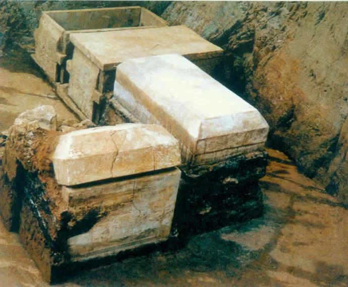 1986年实地进入金皇陵地宫勘探,我亲手挖出大量珍贵物件