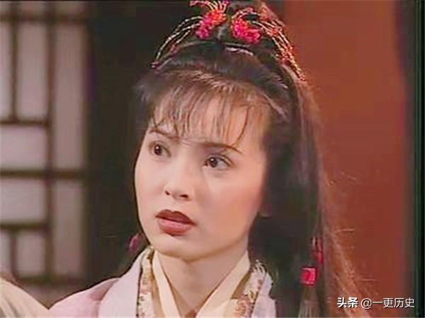 郭芙喜欢杨过,为何不嫉妒小龙女,却对妹妹郭襄耿耿于怀
